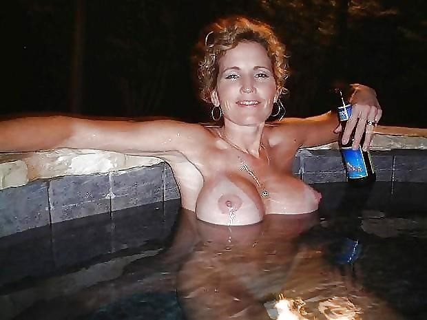Beautiful naked tits pics-9647