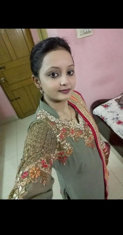 Reshma hot kissing videos-8892