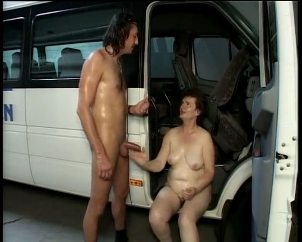 Old grandma porn pics-7190