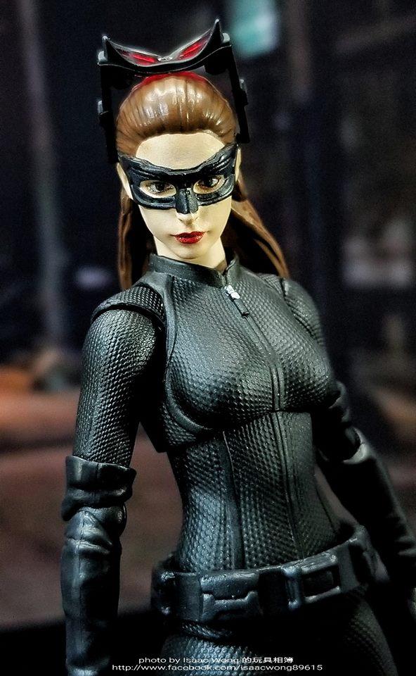 Catwoman - Batman The Dark Knigh rises - SH Figuarts (Bandai) 6wubE6ec_o