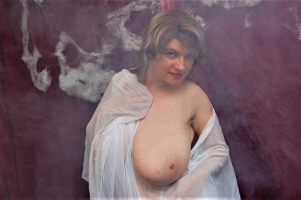 Big tit mature naked-9293