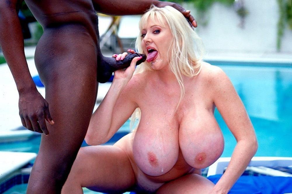 Kayla kleevage porn pics-9066