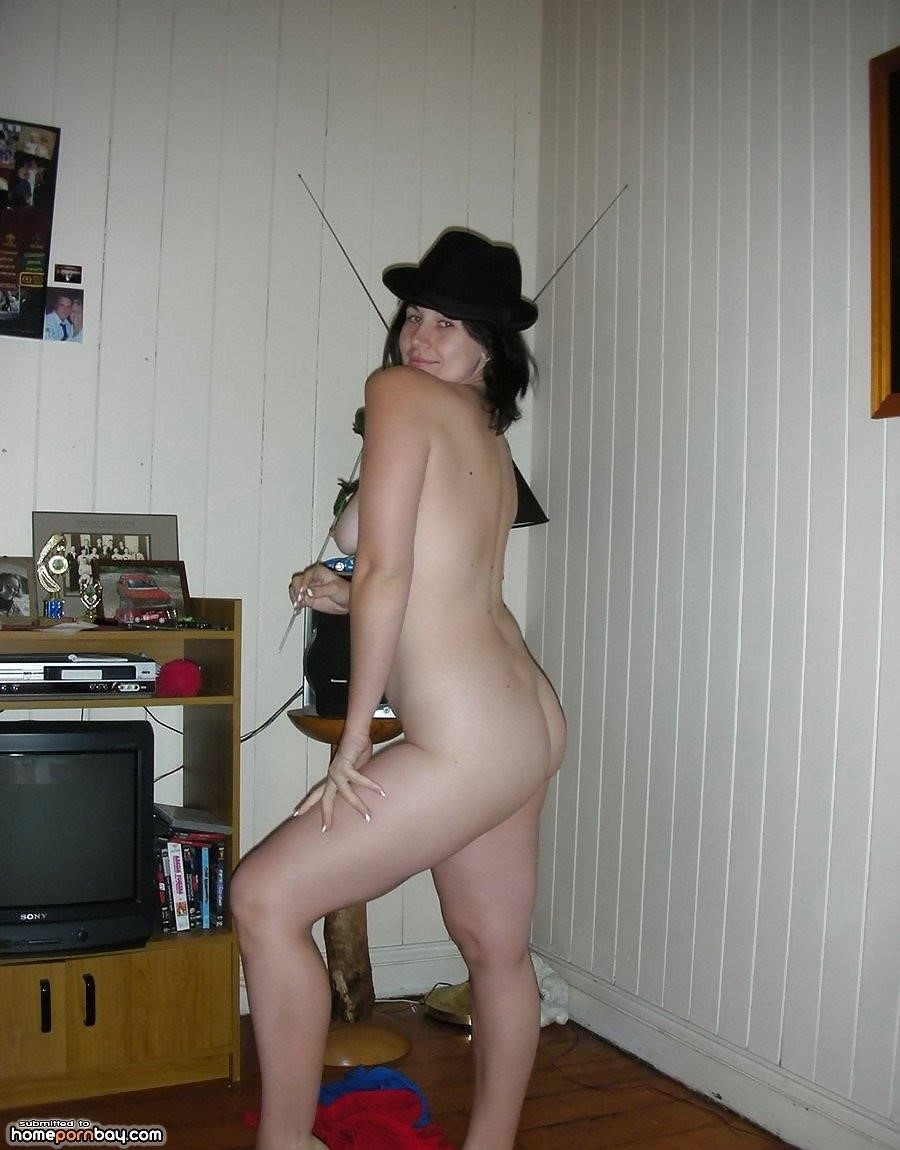 Brunette wife naked-6926