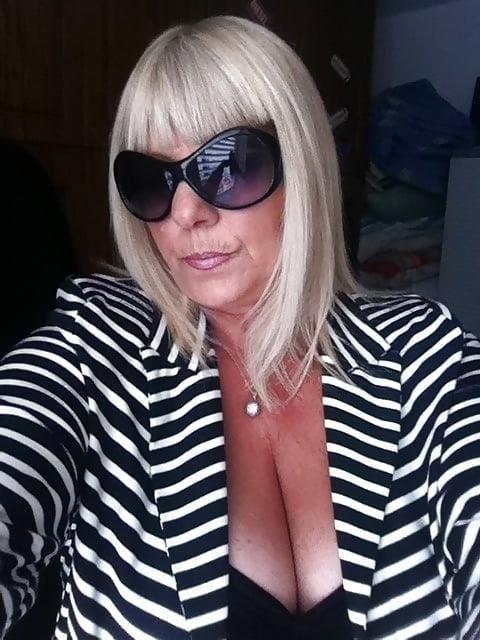 Busty granny porn pics-5295