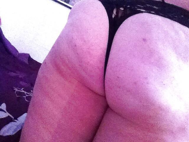 Chunky nude selfies-6714