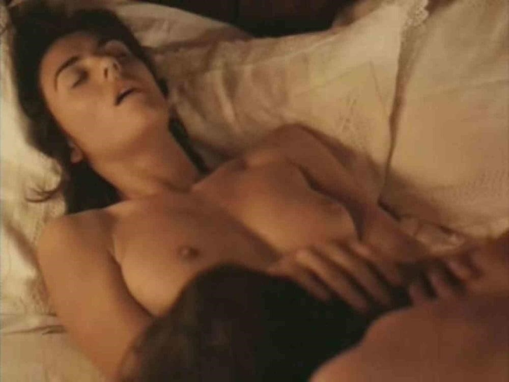 Elizabeth hurley nude pictures-1609