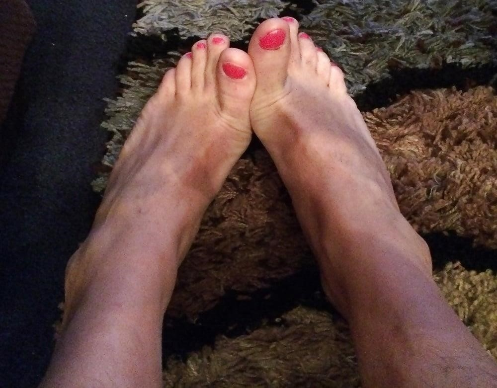 Young anal feet-3462