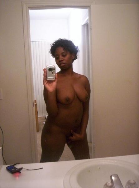 Naked black girl selfie-6338