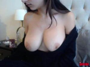 Mia Khalifa pelada na webcam foto 5