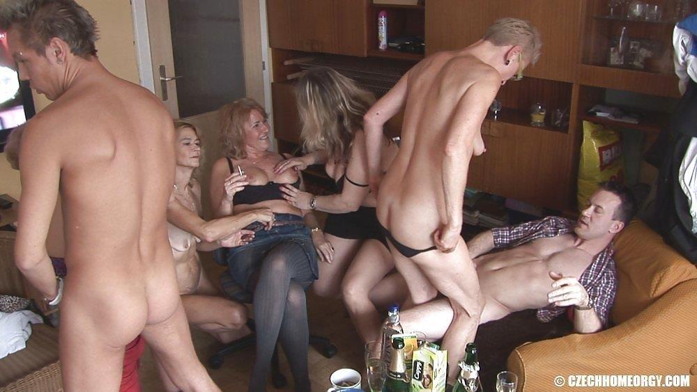 Czech home orgy 2-5702