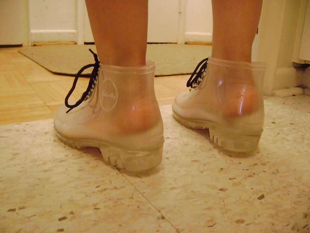 Womens white rain boots-4435
