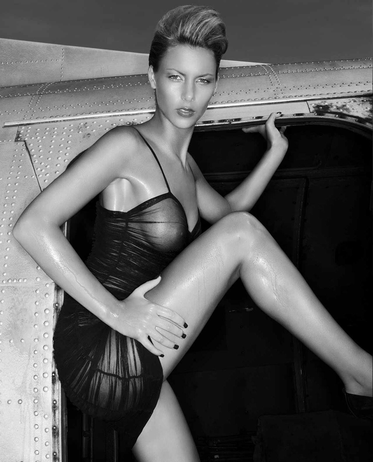 Berner Group erotic calendar 2013 - No Limits