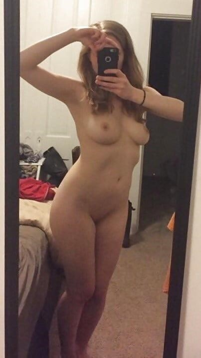 Naked girlfriend selfie-1178