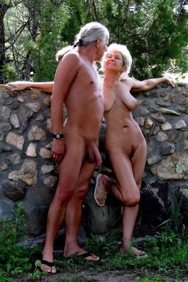 Sexy nude couple gif-9025