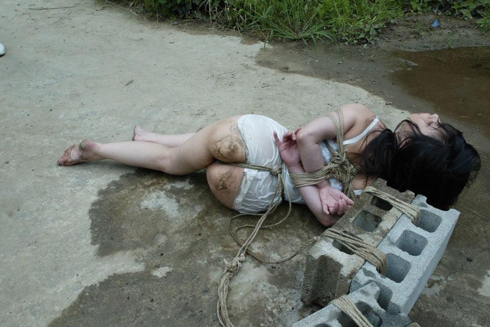Sexy girl in bondage-1412
