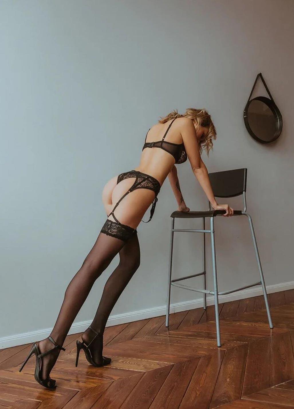 Анастасия Щеглова в сексуальном нижнем белье God Save Queen / фото 25
