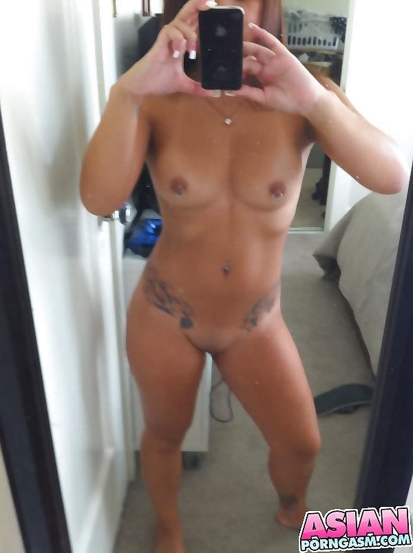 Girls taking naked pics-6171