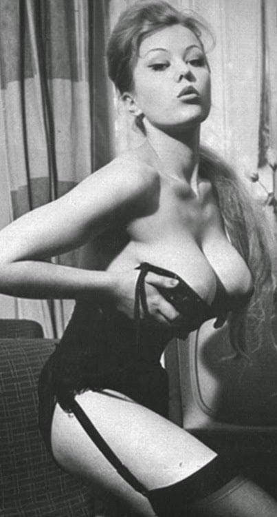Big boobs model photo-6757
