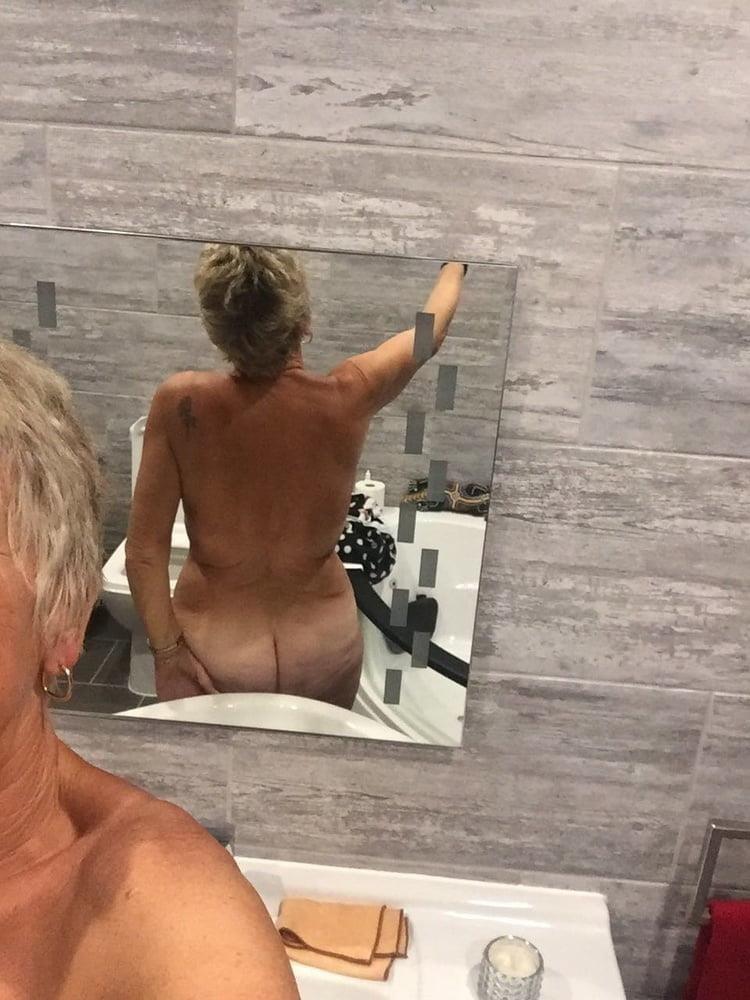 Mature sexy nude-8416