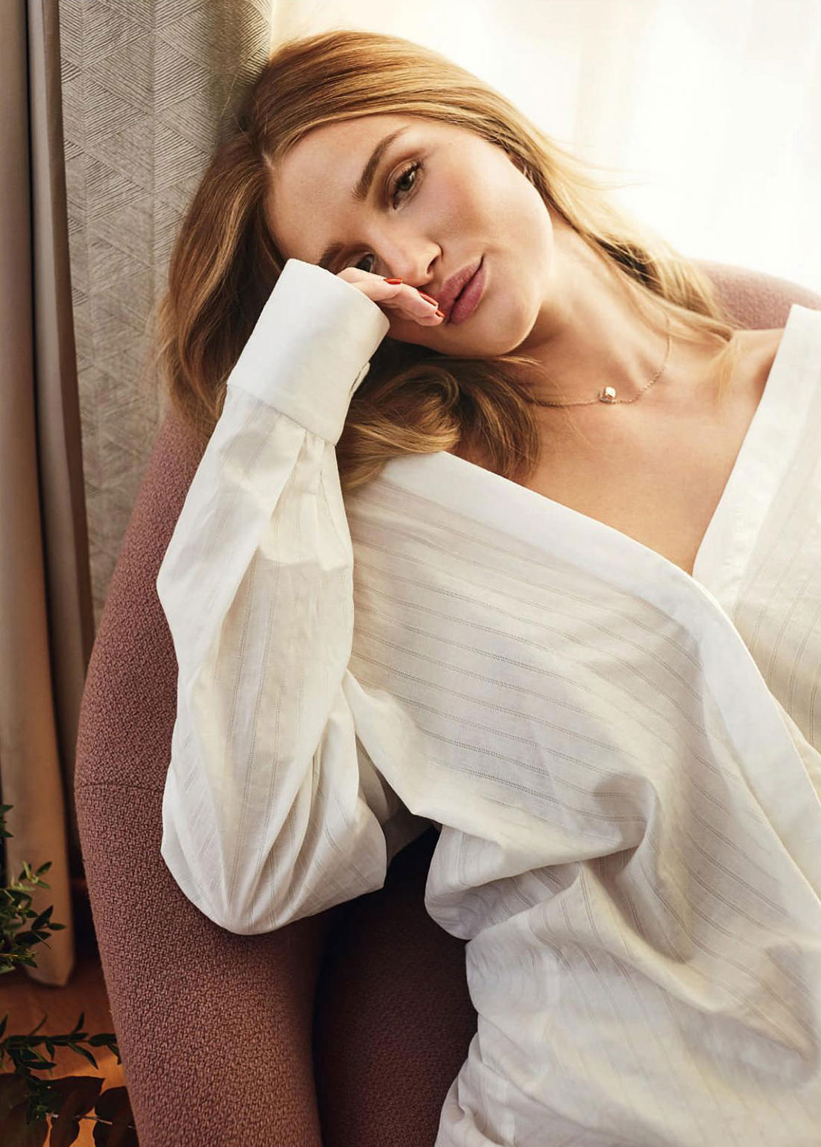 Soft Power / Rosie Huntington-Whiteley by Agata Pospieszynska - Harpers Bazaar UK march 2018