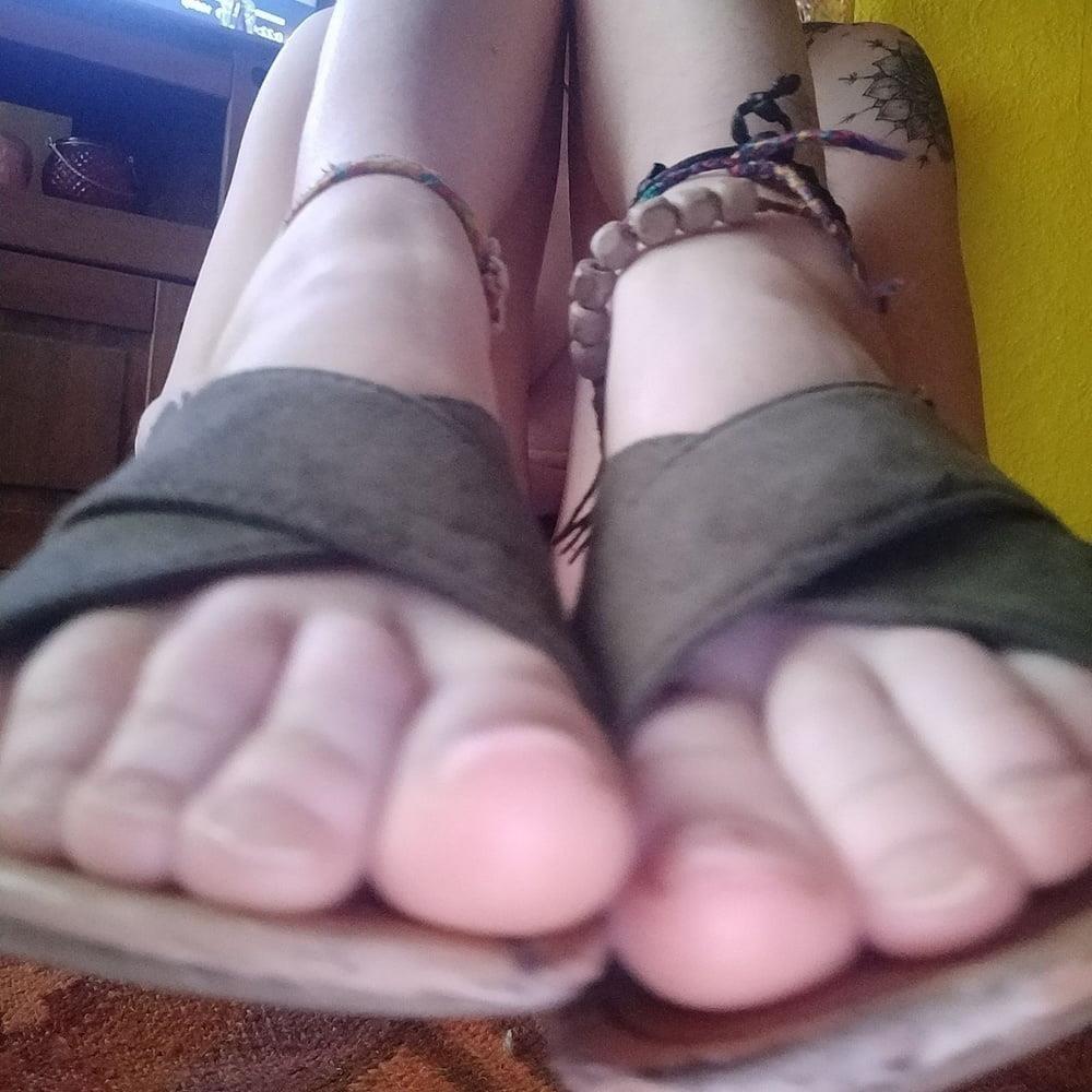 Little feet fetish-7166