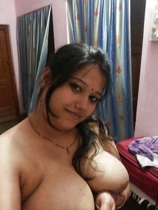 Young selfies nude-5682