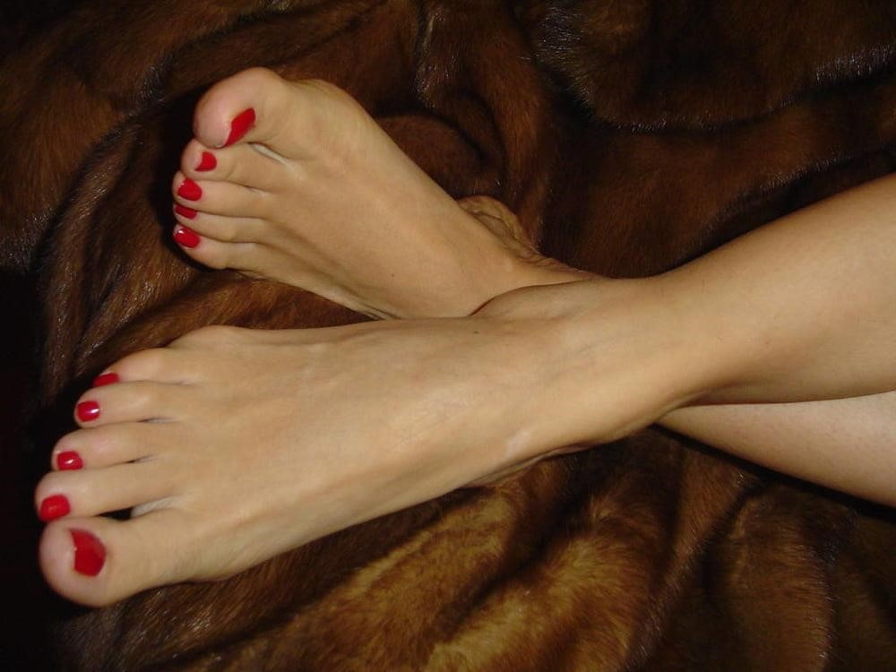 Lesbian foot fetish seduction-7721
