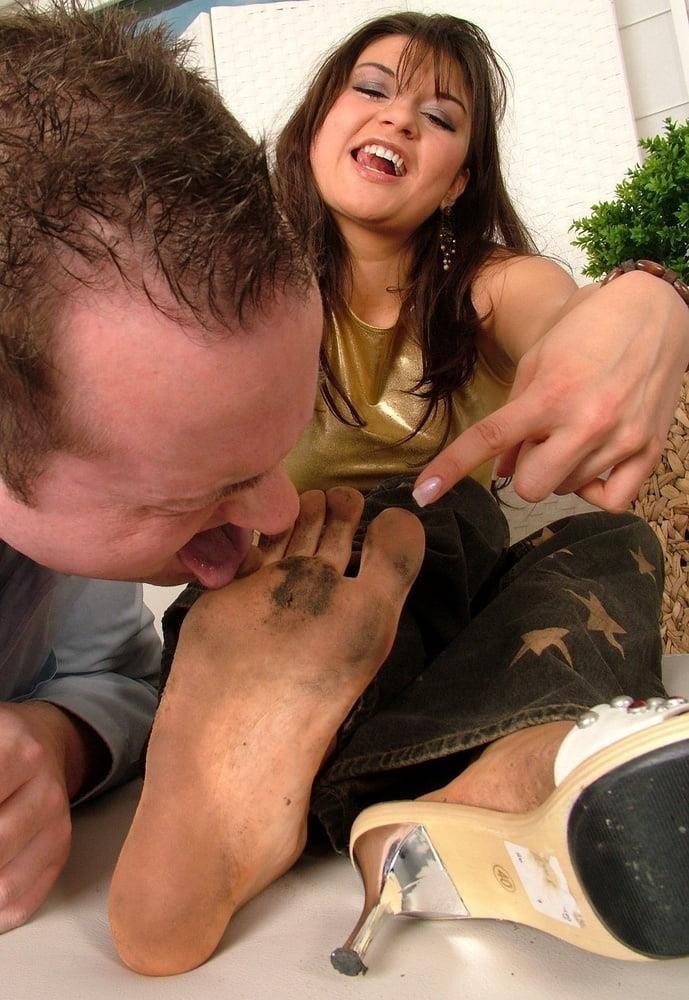 Mistress dirty feet worship-9009