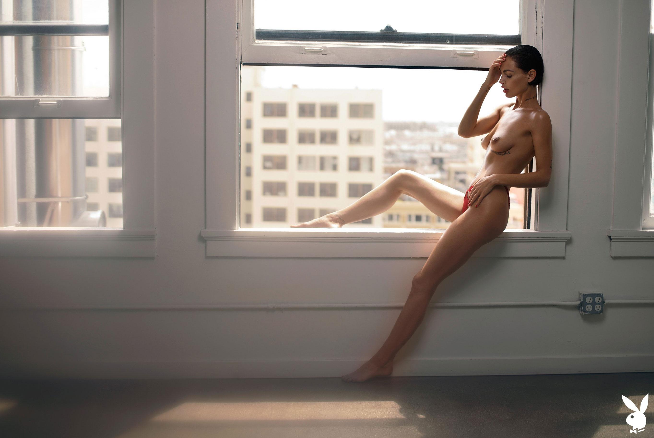 Мисс Июль 2019 американского Playboy Тила ЛаРу / фото 23