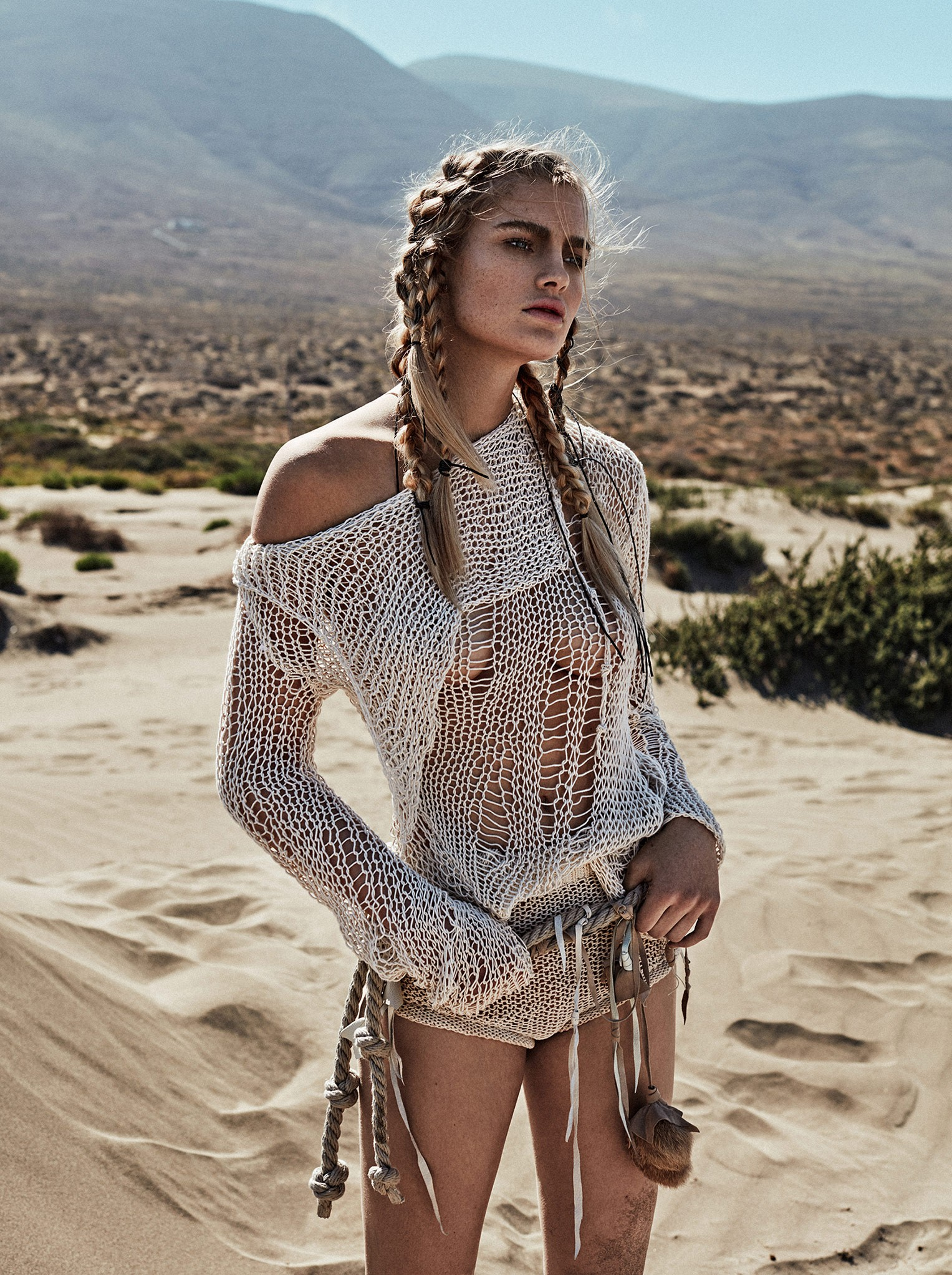 Isabel Scholten by Xavi Gordo - Glamour Italia july 2017