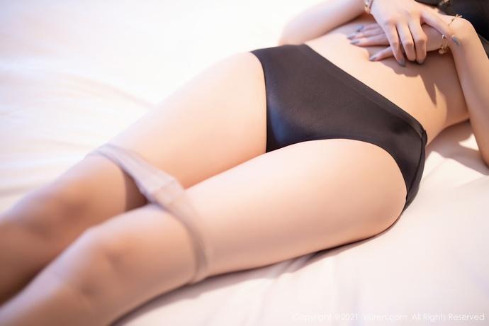 杨晨晨sugar-地下室遇到了性感美女邻居,于是。。。