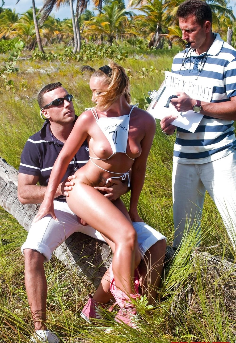 Hot outdoor porn pics-6102