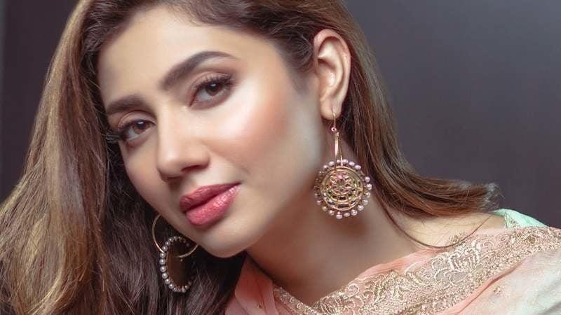 Mahira khan sexy photos-9642