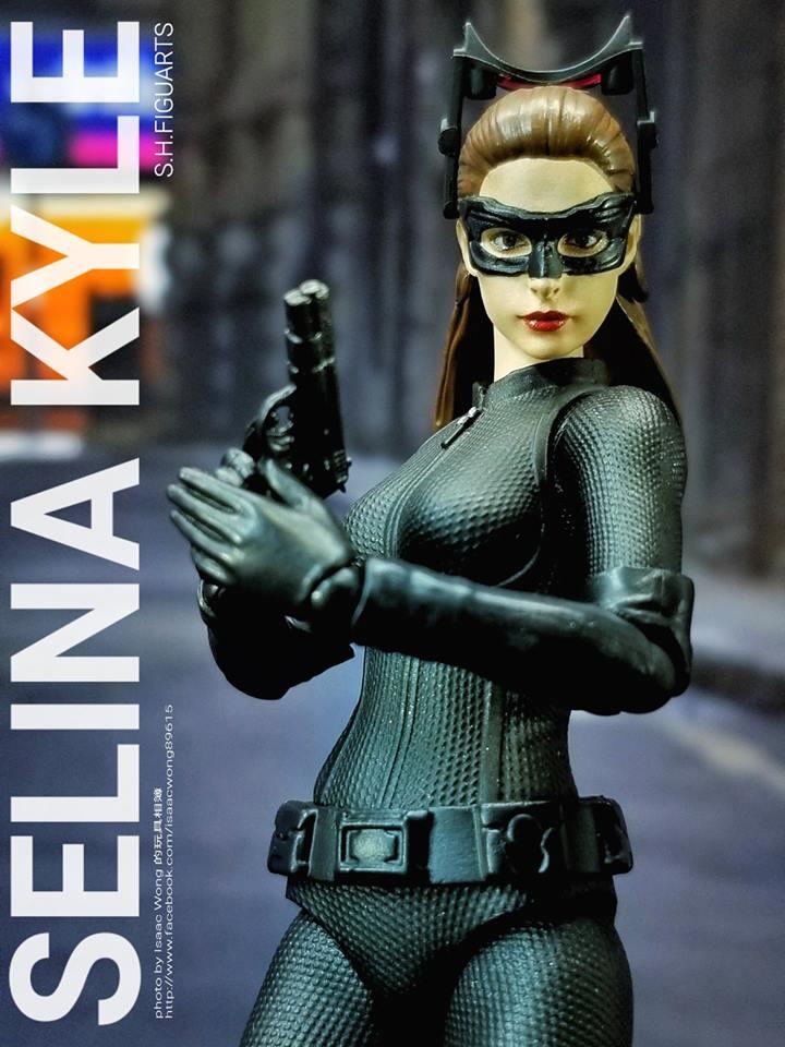 Catwoman - Batman The Dark Knigh rises - SH Figuarts (Bandai) MCrLPnHI_o