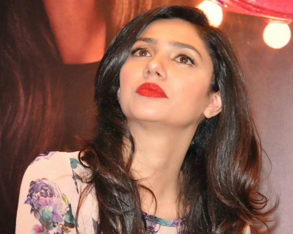Mahira khan sexy photos-2722