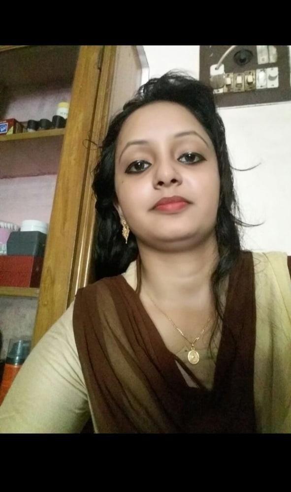 Reshma hot kissing videos-8750