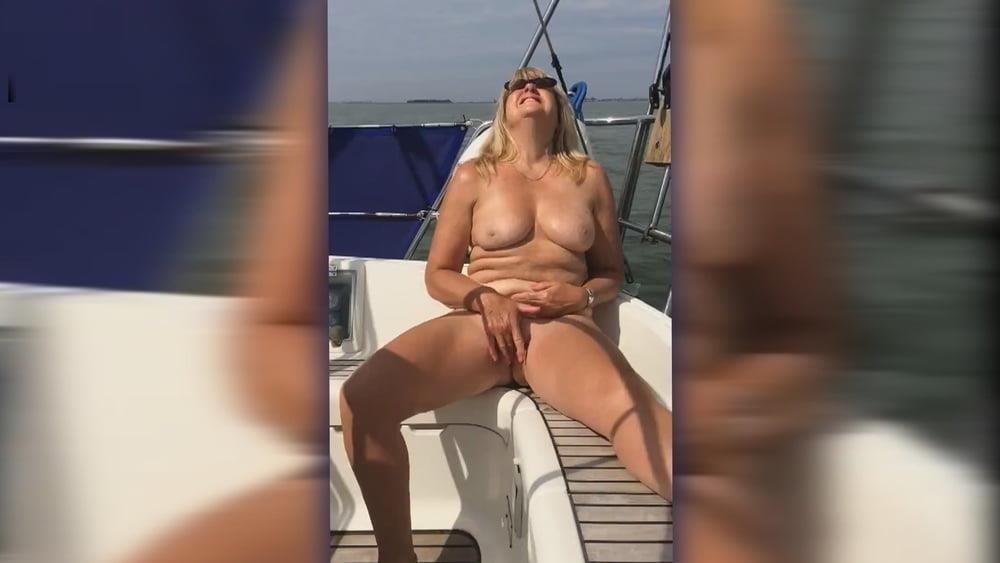 Black masturbation orgasm-2912