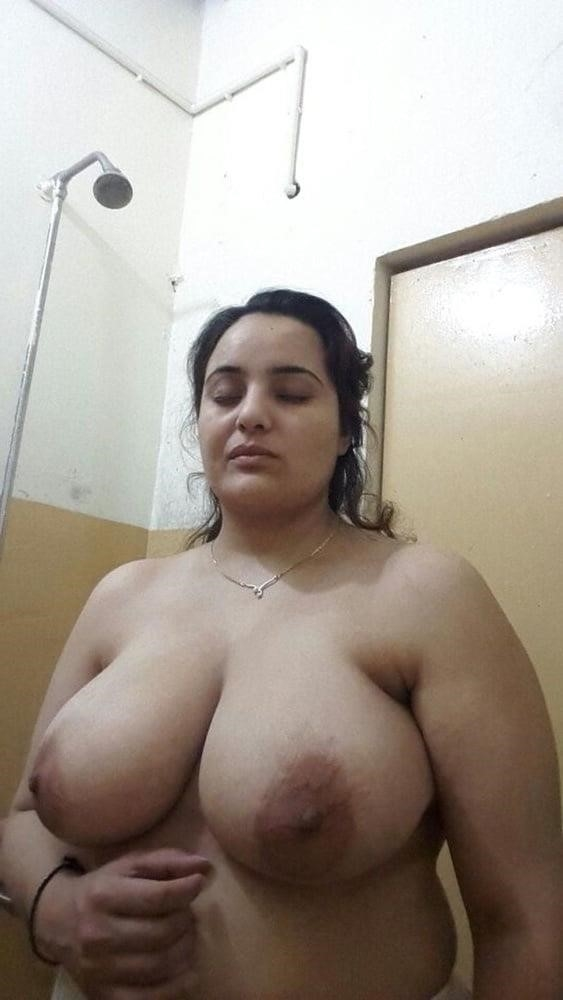 Big boobs lady pic-5115