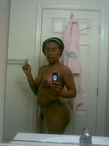 Naked black girl selfie-9677