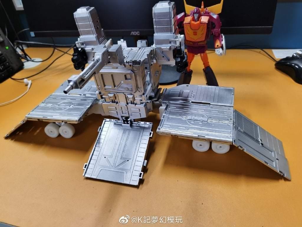 [KFC Toys] Produit Tiers - PC-14 Raijin + PC-15 Grand Raijin + P-16 Raiju - aka Ginrai (Powermaster Optimus) + Remorque de Ginrai + Godbomber = God Ginrai (TF Masterforce) BjABi1Sl_o