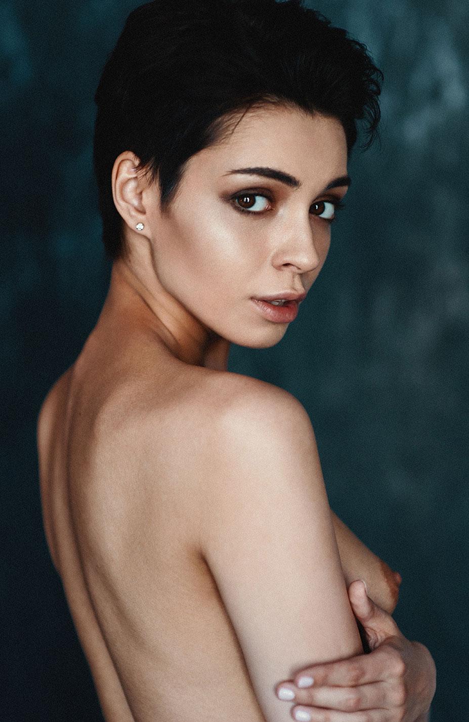Сексуальная и почти голая Таня Фрост / фото 08