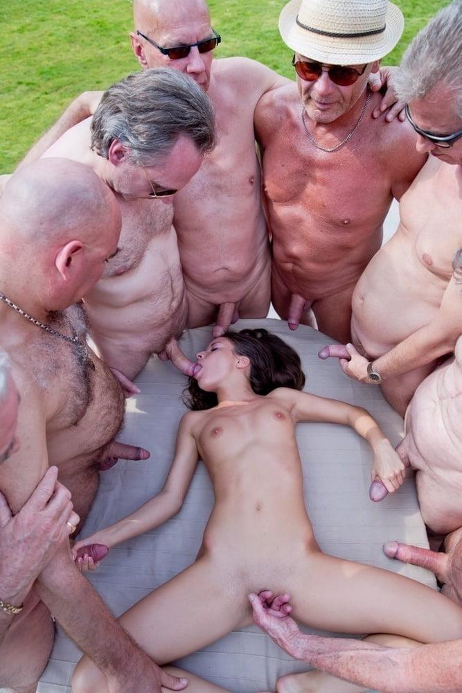 Bisexual men orgy-1062