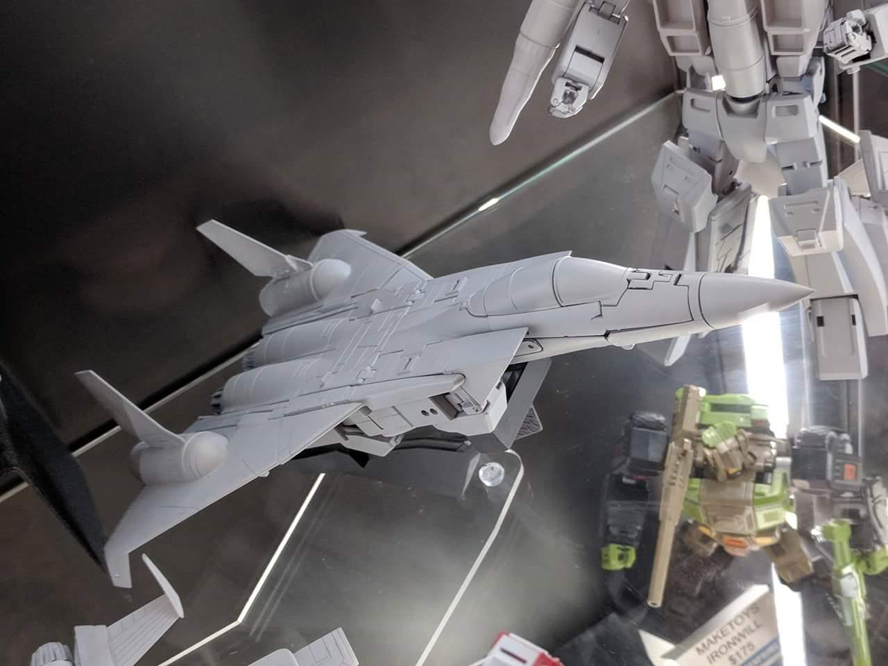 [Maketoys] Produit Tiers - Jouets MTRM-15 Endgame (aka Dirge/Funébro), MTRM-16 Jetstream (aka Thrust/Fatalo) & MTRM-17 Booster (aka Ramjet/Statoréacto) CWDaTzmK_o