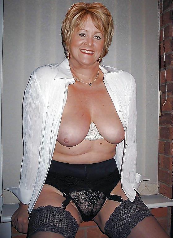 Mature women wanting sex-5246