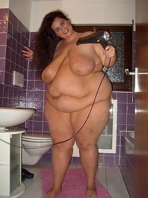 Chubby naked granny-6025