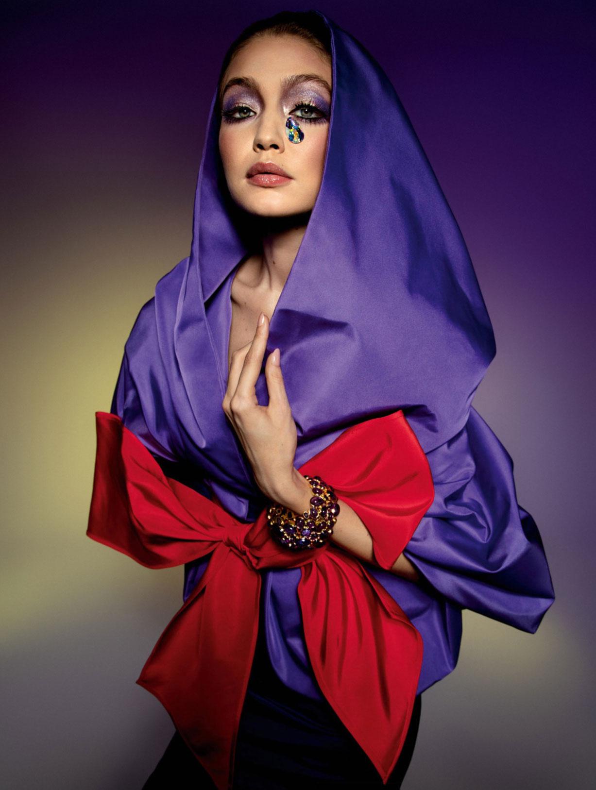Vogue Paris May-June 2020 / Gigi Hadid, Bella Hadid, Rianne van Rompaey, Vaughan Ollier / фото 03