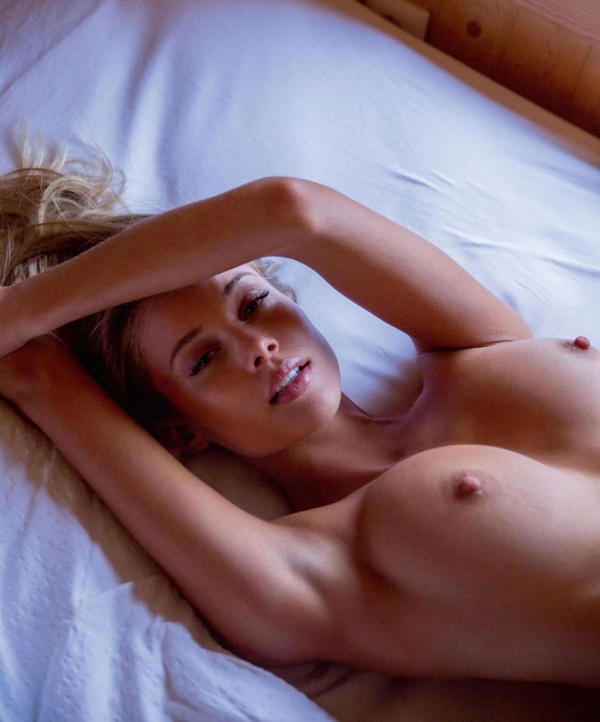 подборка фотографий сексуальных голых девушек - Allie Leggett