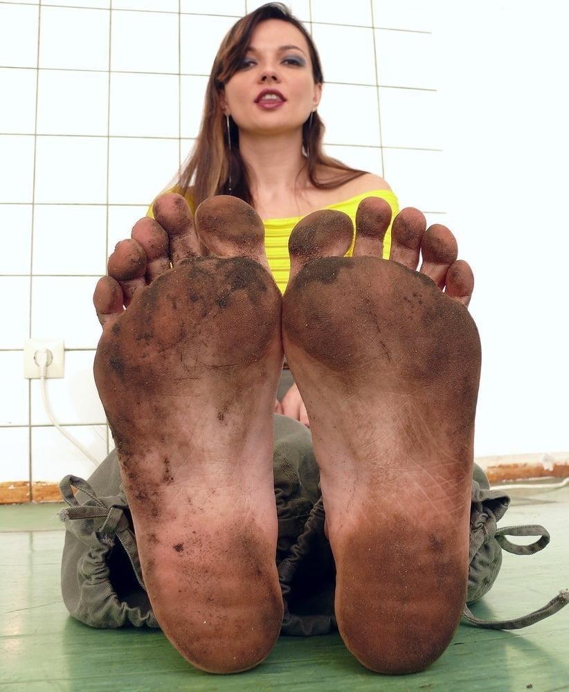 Mistress dirty feet worship-8468
