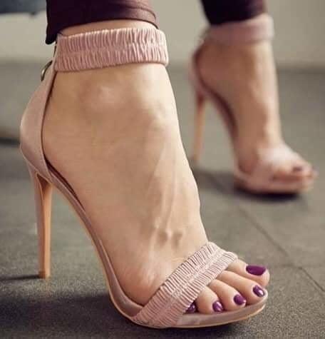 Brianna foot fetish-1413