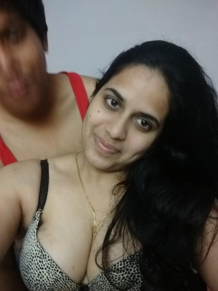 Aunty having big boobs-8065